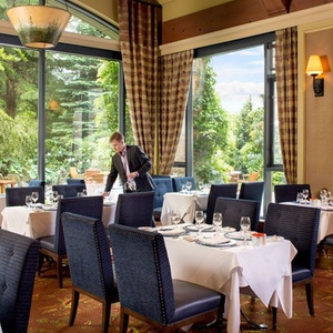 Fairmont Chateau Whistler - Bubbles & Brunch